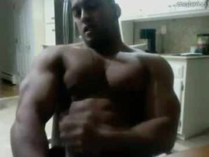 Ebony Bodybuilder Live Gay Show